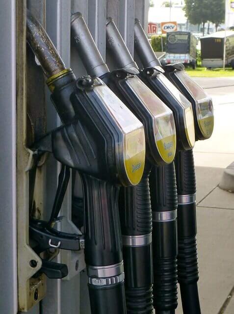 Tankstellen_Zapfsäule_günstiger_Treibstoff_Qualitätstreibstoff
